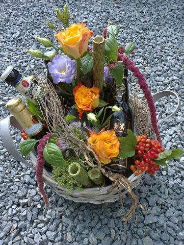 Blumenbierkorb